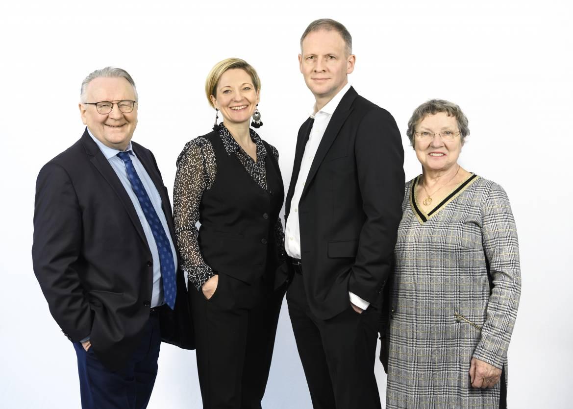Pierre Riou, Christine Riou Feron, Nicolas Riou, Christiane Riou