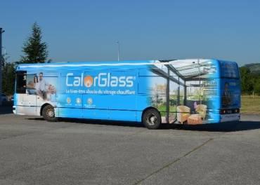 RIOU Glass expose avec son showroom bus